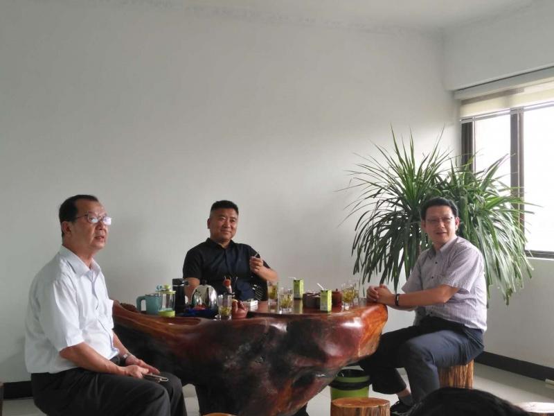 台湾国立宜蘭大学郑永祥主任一行到我公司考察洽谈合作项目